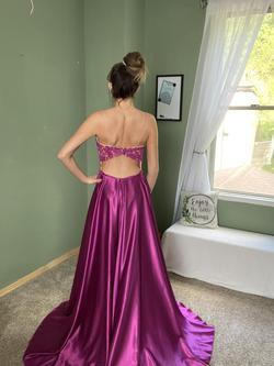 Sherri Hill Purple Size 4 Train Dress on Queenly