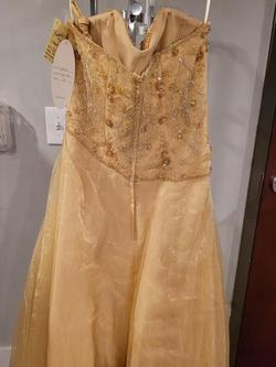 Style 7046 Mac Duggal Gold Size 8 Tall Height A-line Dress on Queenly