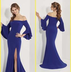Studio 17 Blue Size 14 Side Slit Plus Size Train Dress on Queenly