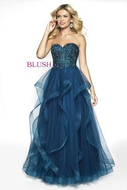 Style 5724 Blush Prom Blue Size 4 Quinceanera Tulle Tall Height Ball gown on Queenly