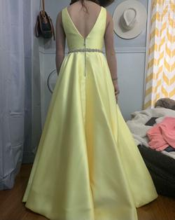 Sherri Hill Yellow Size 4 Ball gown on Queenly