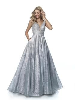 Style 5834 Blush Prom Silver Size 8 Prom Pockets Ball gown on Queenly