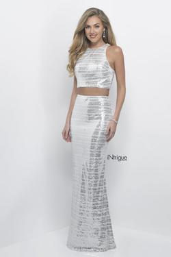 Style 314_Intrigue Blush Prom White Size 4 Sequin Silver Mermaid Dress on Queenly