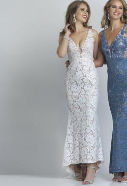 Style 2109 Dave & Johnny White Size 6 Wedding Tall Height Lace Mermaid Dress on Queenly