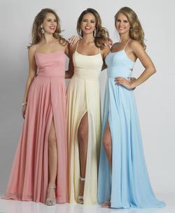 Style A7987 Dave & Johnny Red Size 0 Prom Sorority Formal Side slit Dress on Queenly