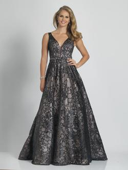 Style A9385 Dave & Johnny Black Size 24 Prom Dave And Johnny Ball gown on Queenly