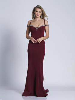 Style 3453 Dave & Johnny Red Size 14 Wedding Guest Prom Plus Size Straight Dress on Queenly