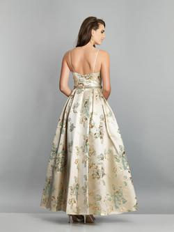 Style A7549 Dave & Johnny Green Size 10 Prom Ball gown on Queenly