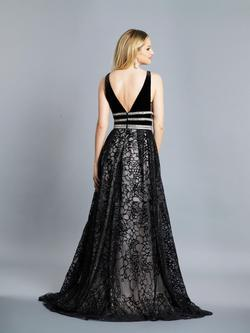 Style A7487 Dave & Johnny Black Size 12 Tall Height A-line Dress on Queenly