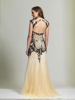 Style 2063 Dave & Johnny Nude Size 12 Prom Dave And Johnny Straight Dress on Queenly