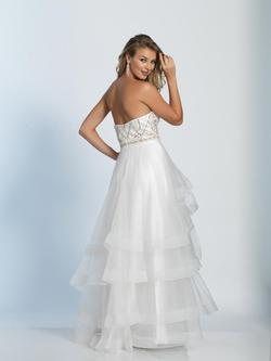 Style A5243 Dave & Johnny White Size 2 Ivory Ruffles Dave And Johnny Ball gown on Queenly