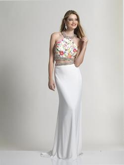 Style 2511 Dave & Johnny White Size 0 Two Piece Dave And Johnny Jersey Straight Dress on Queenly