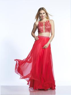 Style 2043 Dave & Johnny Red Size 8 Prom Two Piece Dave And Johnny Straight Dress on Queenly