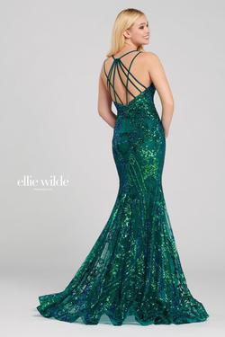 Style EW120028 Ellie Wilde Green Size 8 Pageant Emerald V Neck Sequin Mermaid Dress on Queenly
