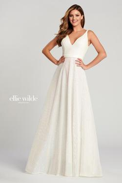 Style EW120069 Ellie Wilde White Size 12 Backless Train Tall Height V Neck A-line Dress on Queenly