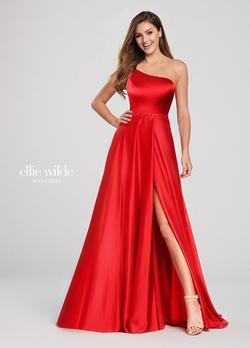 Style EW119049A Ellie Wilde Red Size 10 Prom Side slit Dress on Queenly
