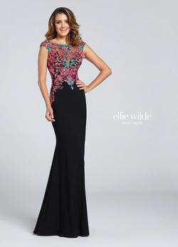 Style EW117054 Ellie Wilde Black Size 6 Cap Sleeve Sweetheart Boat Neck Mermaid Dress on Queenly