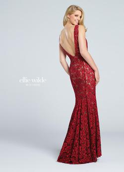 Style EW117044 Ellie Wilde Red Size 2 Sheer V Neck Lace Mermaid Dress on Queenly