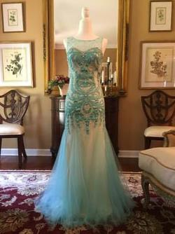 Dave & Johnny Blue Size 0 Silver Prom Mermaid Dress on Queenly
