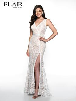 Style 19011 Flair Prom White Size 0 Nude Lace Side slit Dress on Queenly