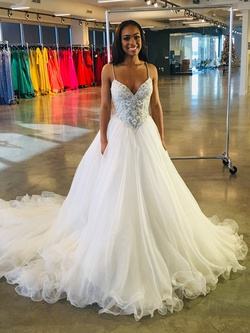 Sherri Hill White Size 0 Pageant Train Tall Height Ball gown on Queenly