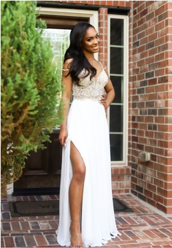 Jovani White Size 0 Prom Pageant Straight Dress on Queenly