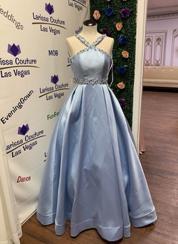 Mac Duggal Blue Size 00 Halter Pageant Ball gown on Queenly
