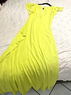 BCBG Yellow Size 2 A-line Dress on Queenly
