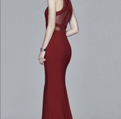 Red Size 10 Straight Dress on Queenly