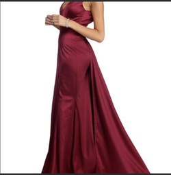 Red Size 8 Train Dress on Queenly