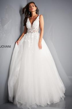 Style 02840 Jovani White Size 10 Plunge Ivory Pageant Ball gown on Queenly