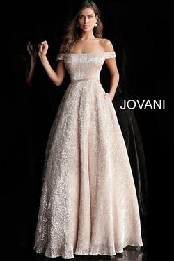Style JVN66951 Jovani Gold Size 2 Belt Ball gown on Queenly