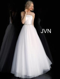 Style JVN66687 Jovani White Size 0 Belt Tall Height Ball gown on Queenly