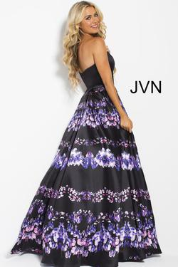 Style JVN58589 Jovani Multicolor Size 0 Tall Height Ball gown on Queenly