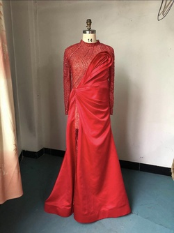 Red Size 14 Side slit Dress on Queenly