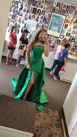 Fernando Wong Green Size 4 Medium Height Side slit Dress on Queenly