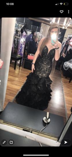 Black Size 4 Mermaid Dress on Queenly