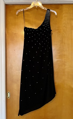 Black Size 10 Cocktail Dress on Queenly