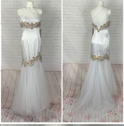 Sherri Hill White Size 2 Prom Tulle Silk Ball gown on Queenly