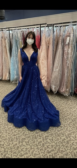 Blue Size 2 Ball gown on Queenly