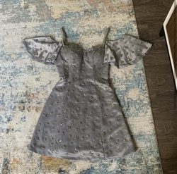 Silver Size 4 Cocktail Dress on Queenly