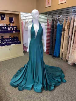 Jovani Green Size 12 Short Height Mermaid Dress on Queenly