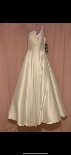 Jovani White Size 4 Corset Train Dress on Queenly
