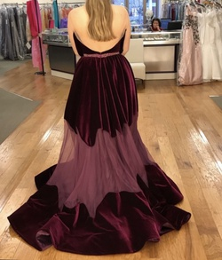 Jovani Couture Red Size 6 Ball gown on Queenly