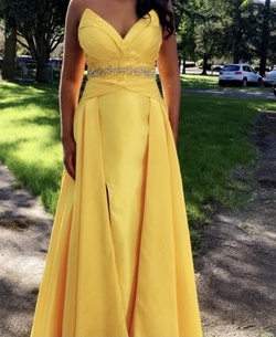 Tony Bowls Yellow Size 8 A-line Dress on Queenly