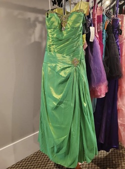 Style P52011 Precious Formals Green Size 10 A-line Dress on Queenly