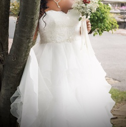 Davids Bridal White Size 16 Ball gown on Queenly