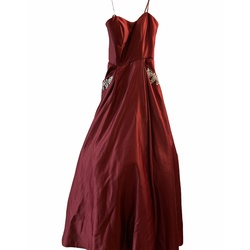 Blondie Nites Red Size 2 Burgundy Ball gown on Queenly