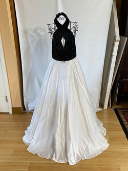 Panoply  White Size 12 Ball gown on Queenly