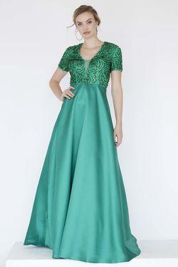 Style 18062 Jolene Green Size 6 Emerald Silk A-line Dress on Queenly